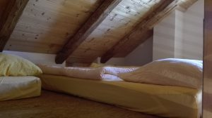 Bettenlager Dach
